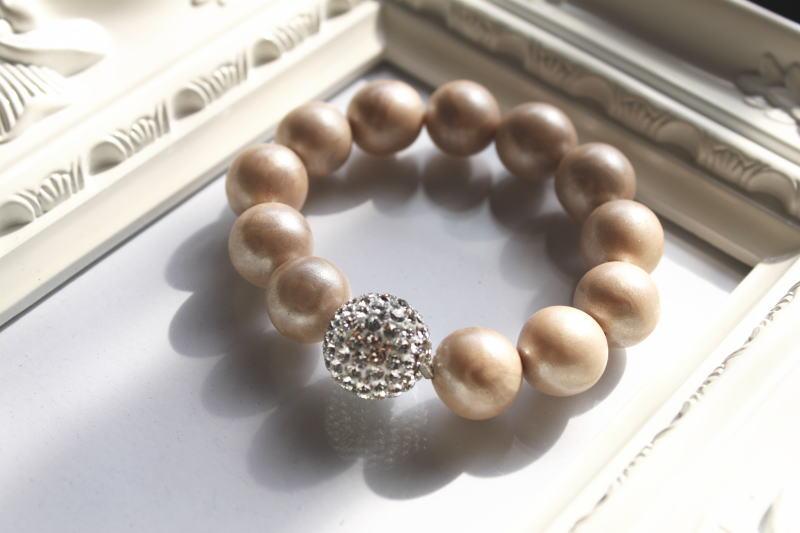 16be.bracelet.jpg